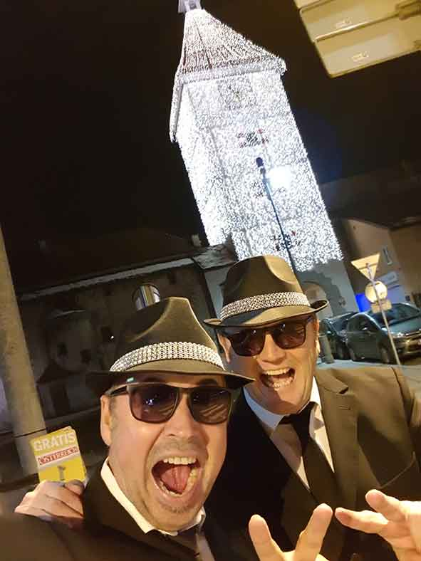 Blues-brothers on Tour